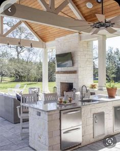 Home Decoration Ideas For Party Outdoor kitchen designs we love! Decoration Ideas For Party Outdoor kitchen designs we love! Outdoor Kitchen Patio, Outdoor Kitchen Design, Outdoor Rooms, Outdoor Patios, Covered Outdoor Kitchens, Rustic Outdoor Kitchens, Outdoor Bars, Outdoor Grilling, Outdoor Showers
