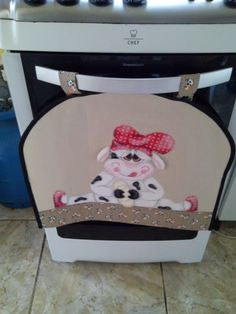 Pano para forno de 4 bocas - Vaquinha em patch aplique 3D e pintura... Faço para forno maiores e com outros temas sob encomenda..