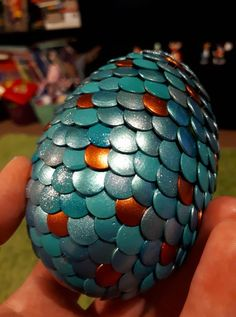 Teal and bronze dragon egg - polystyrene egg and thumb tacks! Egg Crafts, Easy Diy Crafts, Easter Crafts, Scrapbook Cards, Scrapbooking, Wings Of Fire Dragons, Bronze Dragon, Dragon Egg, Tiger Stripes