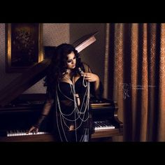 Vogue Shooting ❤️Photo by @catchyourdream_photography  hair&makeup by @daniela_zauberhand  #ilovemycurves   #wegotcurves   #piano   #seductive  #curls   #curvesaresexy   #curvesarein   #vogue   #plussizemodel   #curvy   #model   #lingerie   #dessous   #sexy   #black   #styleandcurvemag   #plussizebeauty   #celebratemycurves   #celebratemysize   #plusmodelmag   #pearls   #dessousmodel   #beauty  #passion  #sensual  #ilovemycurves  #fullfigured  #curvesarebeautiful