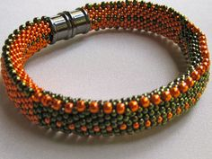 Bead Crochet Bangle Pattern: Lots of Dots by WearableArtEmporium