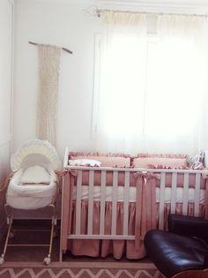 #nursery #baby room #saumon #romantic #pale , baby basket