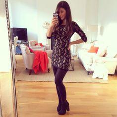 Mimi Ikonn | Lace dress, date outfit