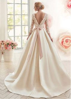 Beautiful satin wedding dress with v back. This wedding dress has made a v back . - Beautiful satin wedding dress with v back. This wedding dress has a back made of lace and long slee - Muslim Wedding Dresses, Western Wedding Dresses, Princess Wedding Dresses, Dream Wedding Dresses, Wedding Gowns, Lace Wedding, Gothic Wedding, Peacock Wedding, Wedding Rustic