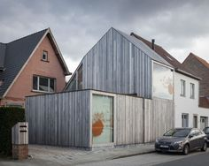 Image 19 of 28 from gallery of Dentist Charlotte Mestdagh / Declerck-Daels Architecten. Photograph by Tim Van de Velde Architecture Today, Wood Architecture, Contemporary Architecture, 50 Shades, Facade Lighting, Small Buildings, House Roof, Nordic Design, Interior And Exterior