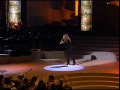 (HQ) Mariah Carey - Always Be My Baby Live (Madison Square Garden 1995)