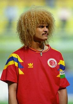 with my fav Colombia jersey Easily one of the dopest away jerseys and my fav jersey . Football Icon, Football Uniforms, Sport Football, Football Jerseys, Carlos Valderrama, Football Accessories, Vintage Jerseys, Retro Shirts, Goalkeeper