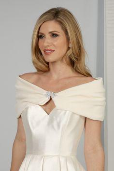 A beautiful soft ivory velvet wrap with flattering bardot shape, and a sparkling crystal clasp. Bridal Shrugs, Lace Shrug, Fur Fashion, Blue Ribbon, Bardot, Vintage Looks, Ivory, Velvet, Shape