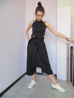 This one is a high-waist black pants for everyday. Ribbon shaped belt gives…