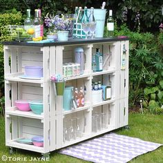 Plenty of storage space at the ends of my DIY outdoor bar for salad bowls, plates etc #summer #entertaining #ronsealpaint