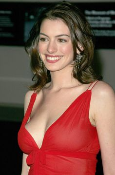 Anne Hathaway Hot Red Dress