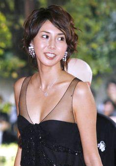 『営業部長吉良奈津子』松嶋菜々子の髪型、最新のボブスタイルとロングまとめ | 芸能人髪型カタログ