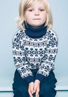 boys kids alpaca faroese turtleneck sweater, photo from sandnesgarn knitting pattern, fuzzy fluffy childs childrens Nordic Pullover, Nordic Sweater, Boys Sweaters, Winter Sweaters, Christmas Sweaters, Winter Gear, Knitting For Kids, Ikon, Kids Boys