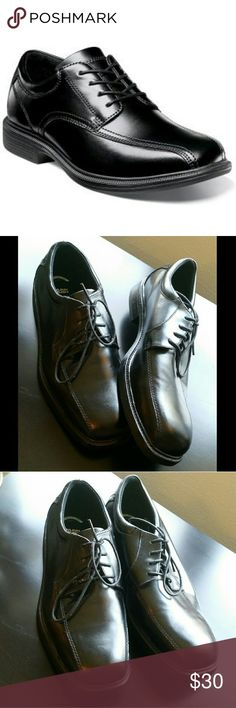 Nunn Bush Men's Comfort Gel Dress Shoes Nunn Bush comfort gel black dress shoes. Only worn once! Like new condition. Size 10. Nunn Bush Shoes Oxfords & Derbys
