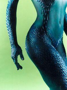 Rebecca Romijn as Mystique Marvel Dc, Marvel Comics, Rebecca Romijn, Rooster Teeth, Cosplay, Comic Book Characters, Pin Up Art, Xmen, Insta Makeup