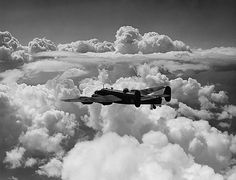 Handley Page Halifax Bomber from 35 Squadron RAF - 1941