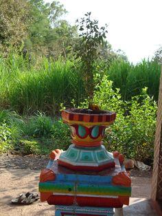 beautiful Tulsi ! Fantasy Inspiration, Dream Homes, Goddesses, Holi, Fountain, Planter Pots, Design Ideas, Indoor, Sculpture