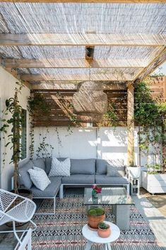- Rustic Pergola Ideas DIY - Pergola Patio I ., - Ideas rústicas de la pérgola DIY - Pergola Patio I . # diy There's little time such as the prevailing to generate the most our own backyard space. Diy Pergola, Deck With Pergola, Modern Pergola, Covered Pergola, Small Pergola, Outdoor Pergola, Pergola Lighting, Pergola Shade, Gazebo