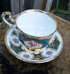 Cup and saucer paragon