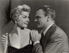 Love Me or Leave Me / MGM Studios Directed By: Charles Vidor Starring: Doris Day, James Cagney & Cameron Mitchell Costum. Old Hollywood Movies, Vintage Hollywood, Hollywood Actresses, Classic Hollywood, James Cagney, Jill Clayburgh, Cincinnati Kids, Costum, Music Theater