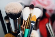 TheWriteBeauty.com @thewritebeauty / Morphe Brushes M439 deluxe buffer brush / makeup brushes / makeup artist / ct makeup artist / vanity makeup / makeup tools