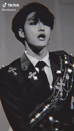 52 Reasons Why I Love You, Korean Drama Best, Kpop Gifs, Jung Woo Young, Stray Kids Chan, How High Are You, Kim Hongjoong, Pop Idol, Attack On Titan Anime