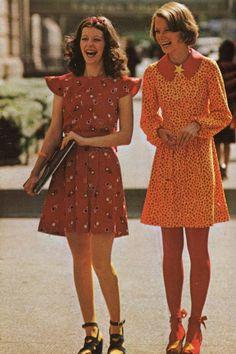 Le Fashion Blog 1970s 70s Street Style Vintage Photos Print Pleated Dress Lace Up Sandals Via Tres Blase photo Le-Fashion-Blog-1970s-70s-Street-Style-Vintage-Photos-Print-Pleated-Dress-Lace-Up-Sandals-Via-Tres-Blase.jpg