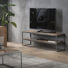 TV-bord i patineret metal og genbrugstræ fra gamle huse. Entryway Tables, Living Room, Furniture, Home Decor, Products, Industrial Tv Stand, Industrial Style, Television Set, Homemade Home Decor
