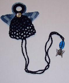 Free Crochet Pattern, Angelic Charm Bookmark...I love this bookmark, very original!!