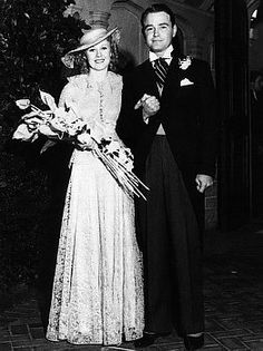 Ginger Rogers getting married to Lew Ayres on June 1944 years ago today!) Those are unbelieveable flowers! Celebrity Wedding Photos, Celebrity Couples, Wedding Pics, Celebrity Weddings, Wedding Bride, Wedding Dresses, Bridal Gowns, Hollywood Wedding, Vintage Hollywood