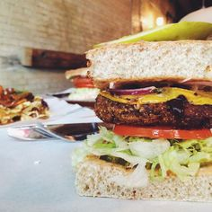 18 Must-Eat Winnipeg Burgers You Should Have Already Tried  | Narcity Winnipeg