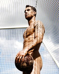 God I love soccer players.....