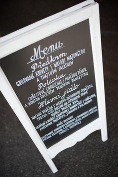 Svatební přípravy – Výzdoba | Na skok v kuchyni Sweet Bar, Chalkboard Quotes, Letter Board, Art Quotes, Menu, Lettering, Menu Board Design, Letters, Texting