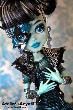 Halloween diy codtume idea- Monster High Doll OOAK Custom Frankie Stein Repaint by Azyntil