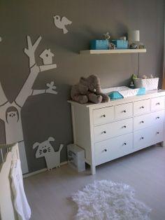 1000 images about miss mags zwanger pregnancy baby on pinterest twin birth - Babykamer beige en wit ...