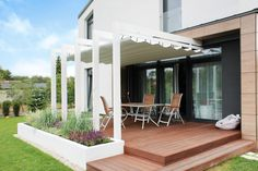Re-invent your dining space, to something modern ☺️ Patio, Backyard, One Storey House, Garden Design, House Design, Pergola Canopy, Outdoor Kitchen Design, Garden Fencing, Outdoor Living