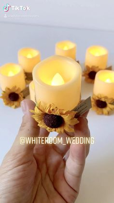 Sunflower Wedding Decorations, Sunflower Party, Diy Wedding Decorations, Diy Crafts For Gifts, Diy Arts And Crafts, Creative Crafts, Wedding Favors For Guests, Wedding Gifts, Rustic Christmas Crafts