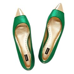 Mimco Rani pointed flat. Green Flats, Couture Shoes, Pointed Flats, Old Hollywood, Fashion Forward, Style Me, Celebrity Style, Winter Fashion, Super Cute