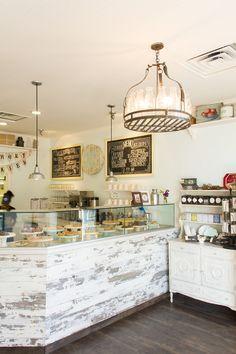 Sugar fix: milk jar cookies ice cream shop @ oude post кафе Bakery Decor, Bakery Interior, Bakery Design, Diy Bakery Display, Pub Decor, Cafe Restaurant, Restaurant Design, Modern Restaurant, Cafe Bar