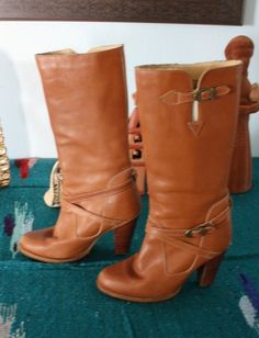 Vintage 1970s 1980s Zodiac Tan Leather Boots w Buckles Stacked Heels Sz 7 5 M - MINE, BABY! ALL MINE.
