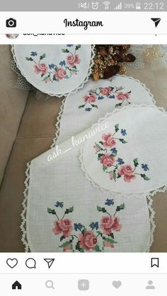 embrant ---- Tonka S. Home Crafts, Diy And Crafts, Easy Crochet Blanket, Bargello, Needle And Thread, Double Crochet, Cross Stitch Embroidery, Projects To Try, My Favorite Things