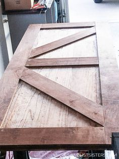 How to Build a Two Sided Barn Door - Sawdust Sisters Sliding Screen Doors, Sliding Door Hardware, Diy Barn Door, Sliding Barn Door Hardware, Building A Barn Door, Barn Door Designs, Unusual Homes, Wood Screws, Interior Barn Doors