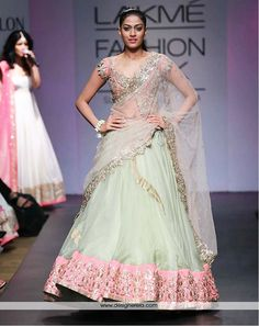 Anushree Reddy Lakme Fashion Week Summer Resort 2014 mint green and pink indian wedding lehnga.Wow love the colors embellishments. Pink Lehenga, Bridal Lehenga, Wedding Lehnga, Wedding Wear, Lehenga Designs, India Fashion Week, Asian Fashion, Lakme Fashion Week 2017, Fashion 2014