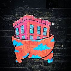 Steppin'  #wheatpaste #pasteup #graffiti @lungebox #Williamsburg #streetart #Brooklyn #urbanart #NewYork #photography #NYC #picoftheday #humor #building #chicken
