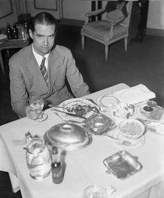 colazione Howard Hughes