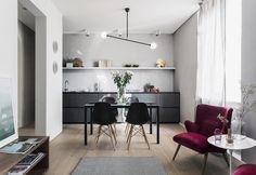 A Milano un mini open space sui Navigli. 50 mq arredati in stile minimal ma arricchiti da dettagli preziosi fantasie geometriche, pezzi vintage e di design