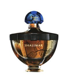 Shalimar Fourreau du Soir by Guerlain is a balmy, citrusy, sweet, vanillic Oriental Floral fragrance and was a limited edition for 2011.  Trying to find this beautiful fragrance is akin to going on a snipe hunt.  However, and thank goodness for being able to obtain samples.....the top notes are lemon and bergamot. Heart: jasmine and May rose. Base: tonka, incense, iris, vanilla and opopanax.