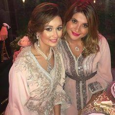 #تكشيطة_مغربية    .  @Regrann from @fashion.in.morocco -   .  .  .  .  . .   when a dress gives you royalty   .  .  .  #مضمة_مغربية      ●  ●  ●  ●  ●  #القفطان_المغربي #مغربيات #التكشيطة_المغربية #الحلي_المغربية  #المغربيات_ملكات_على_عرش_الانوثة_و_الجمال .  #takshita #takchita #moroccanwork #moroccanstyle#moroccandresses #moroccandress#moroccangandoura  #fashion #elegant  #luxury #traditional #handmade #takcheta #caftaninspiration #caftanmarocain