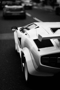 La Velocita' — eccellenze-italiane: Lamborghini RW9A0193 by...