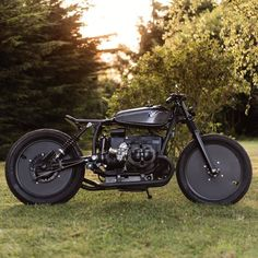 BMW R80 2.0 Bobber by Le French Atelier #motorcycles #bobber #motos | caferacerpasion.com